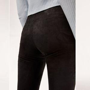 Aritzia Wilfred free black suede Daria leggings